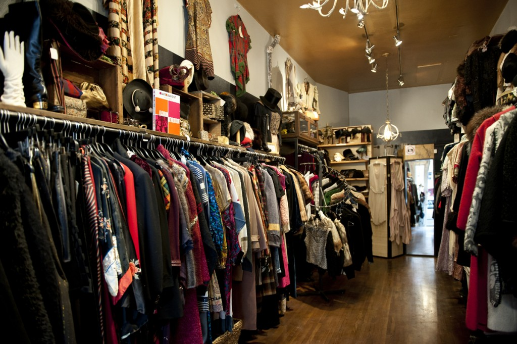 paintings, jewelry, vintage clothing, accessories, books, etc., in galleries on four floors. Simply put, something for everyone in friendly atmosphere